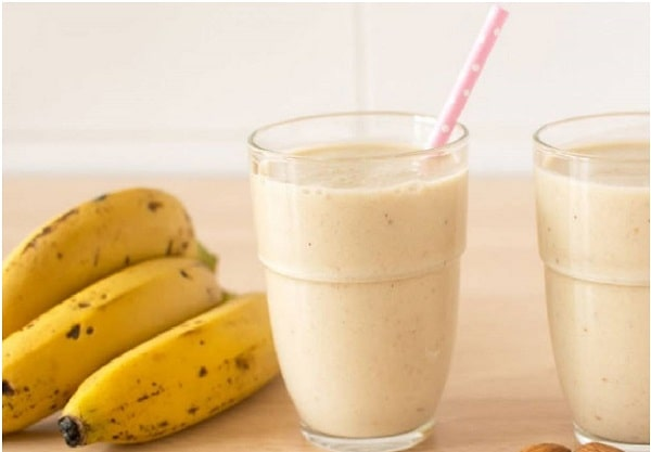 calories banana smoothie